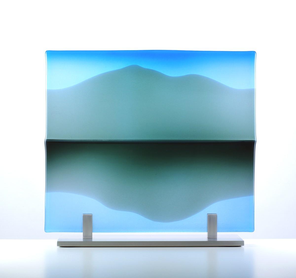 1809 - LMG - Glass panel - Still